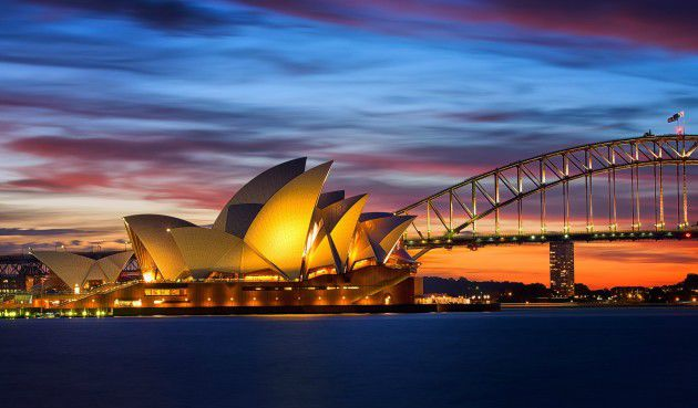 Click for popup of 71-sydney-at-sunset.jpg